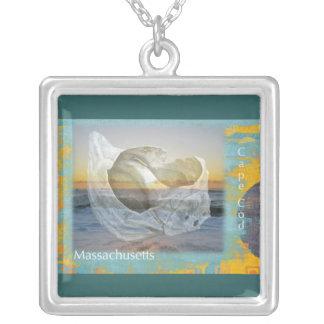 Snäckskal & surfa - uddtorsk Massachusetts Silverpläterat Halsband