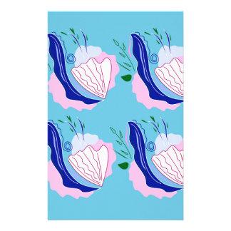 Snäckskalblått på vit brevpapper
