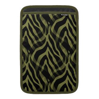 Snazzy oliv grönt zebra rändertryck MacBook sleeve
