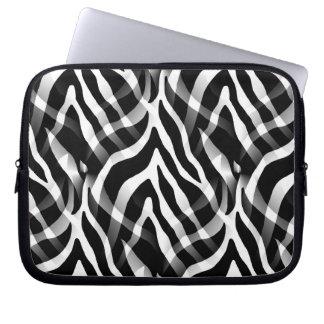 Snazzy svartvitt zebra rändertryck laptop datorskydd