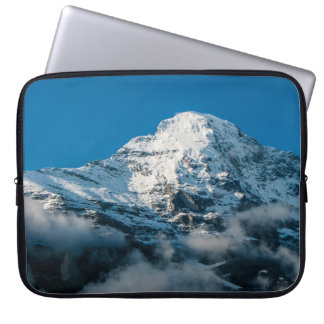 Snö överträffade Jungfrau berg i den schweiziska Laptop Fodral