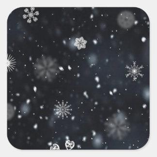 Snöflingor för blått- och vitnatthimmel fyrkantigt klistermärke