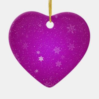Snöflingor på purpurfärgade Sparkles Hjärtformad Julgransprydnad I Keramik