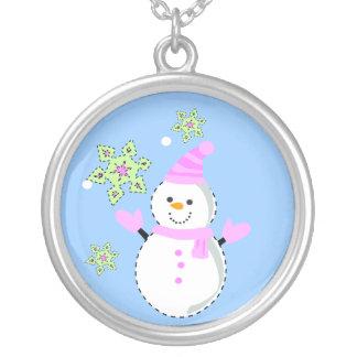 snögubbe med snöflingor silverpläterat halsband