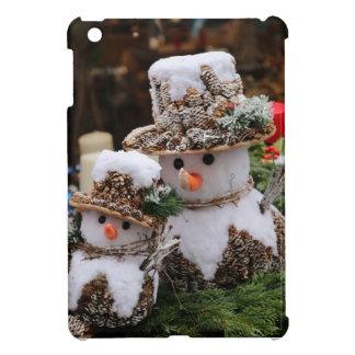 Snögubbear som ha på sig den Pinecone hatten iPad Mini Fodral