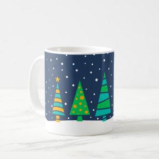 Snöig granträdmugg kaffemugg