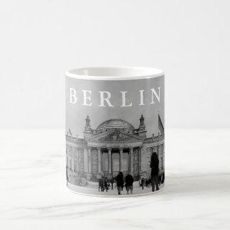 Snöig Reichstag_01.03.T.7 Kaffemugg