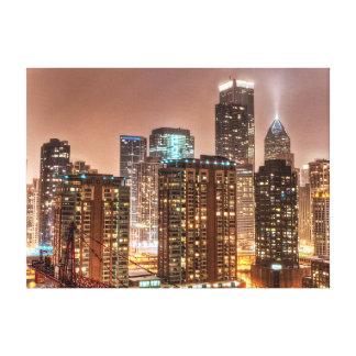 Snönedgångar över horisont på aftonen i Chicago Canvastryck