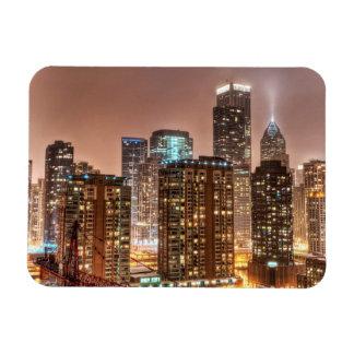 Snönedgångar över horisont på aftonen i Chicago Magnet