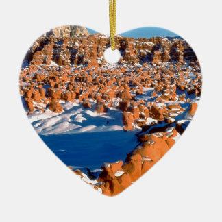 Snowcovered elakt trolldal Utah för stenar Julgransprydnad Keramik