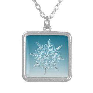 Snowflakekristall Silverpläterat Halsband