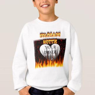 Snygginga Colorado avfyrar och flammar design Tee Shirt