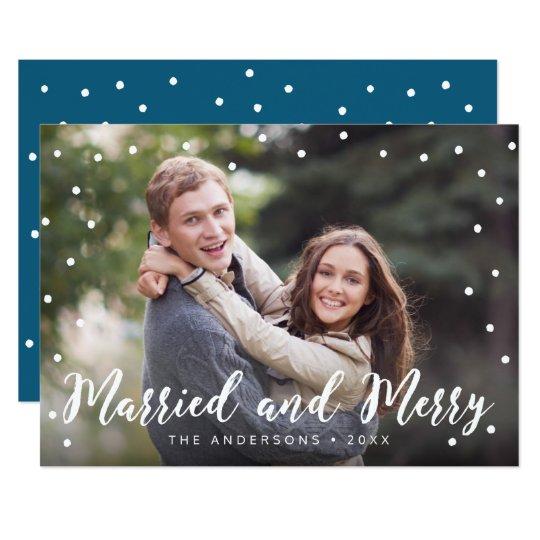 Snyggten borstar det gifta och glada helgdagfotoet 12,7 x 17,8 cm inbjudningskort