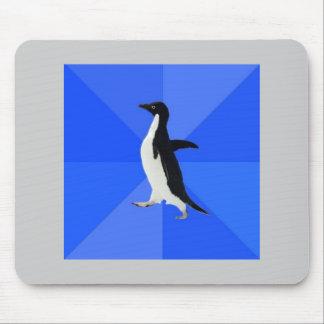 Socialt konstigt pingvinrådgivningdjur Meme Mus Mattor