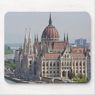 Södra sida för Budapest parlament, Ungern Musmatta
