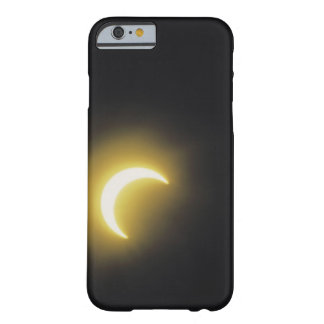 Sol- förmörkelse barely there iPhone 6 skal