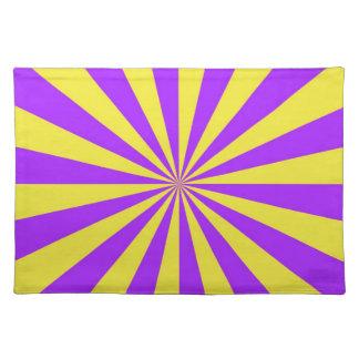 Solen strålar i violet- och gultbordstabletter bordstablett