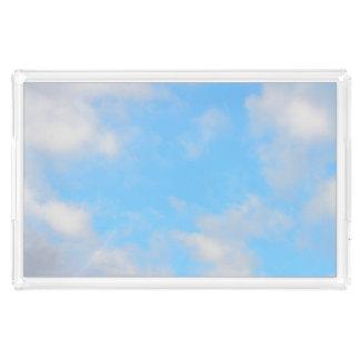 Soliga blå himmel dagliga Staycation fotograferar Bricka