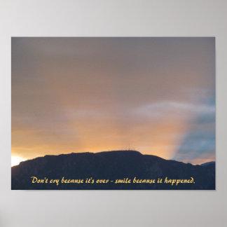 Solnedgång bak den Cheyenne bergaffischen Poster