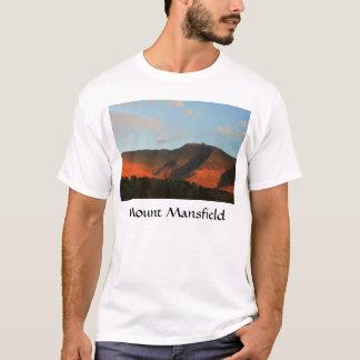 Solnedgång för glöd för monteringsMansfield höst T-shirt