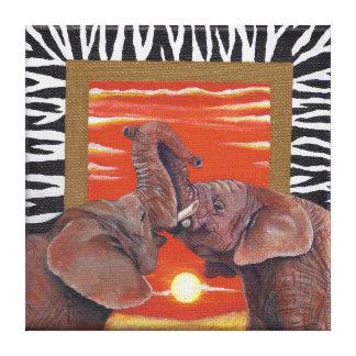 Solnedgång och zebra tryck för elefant förälskad