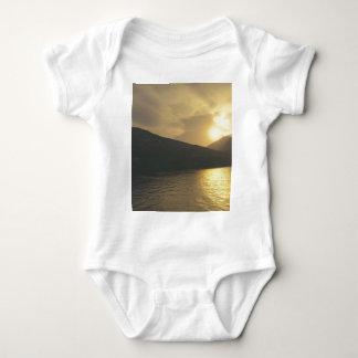 Solnedgång T-shirts