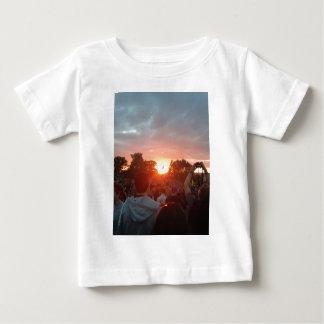 solnedgång t shirts