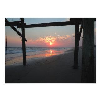 Solnedgång under pir 12,7 x 17,8 cm inbjudningskort