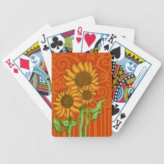 SolrosTrio/cykel som leker kort Spelkort