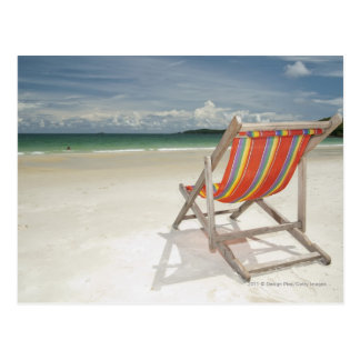 Solstol på vitsanden av den Samui stranden Vykort