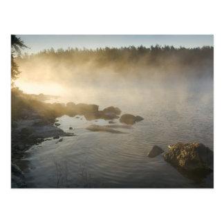 Soluppgång till och med dimma i anderssonfjärden vykort