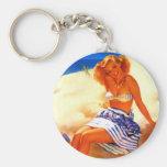 Sommaren för den vintageGil Elvgren stranden klämm Nyckelringar