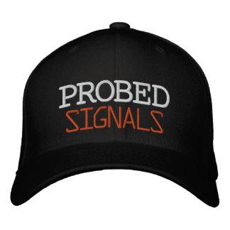 SONDERAT signalerar den broderade hatten