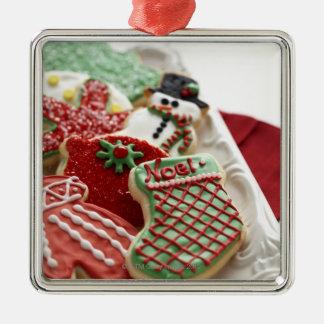 sortiment av festliga helgdagkakor julgransprydnad metall