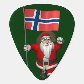 Söt jultomten med ensignen av norgen plektrum