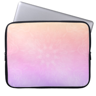 Söten kyler pastellfärgad regnbågeMandaladesign Laptop Sleeve