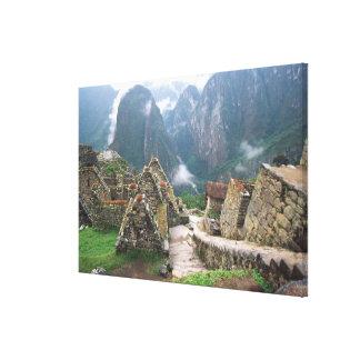 South America Peru, Machu Picchu Canvastryck