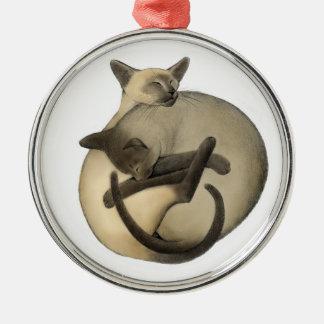 Sova boll av den Siamese kattprydnaden Rund Silverfärgad Julgransprydnad