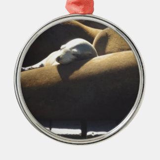 Sova för babysjölejon julgransprydnad metall