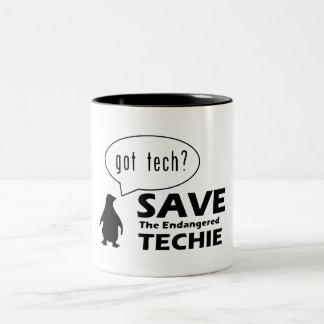 Spara den utsatte för fara Techie muggen Två-Tonad Mugg