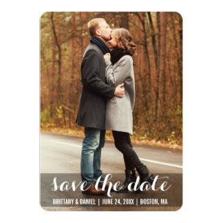 Spara för förlovningfotoet för datera det moderna 12,7 x 17,8 cm inbjudningskort