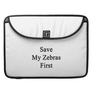 Spara min zebror första sleeves för MacBooks