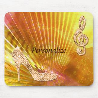 Sparkly orange musik noterar & stiletthälet musmatta