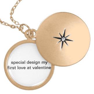 Speciell design min första kärlek på valentinen! guldpläterat halsband