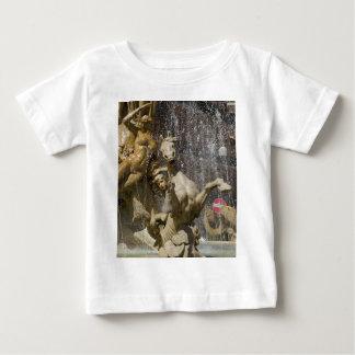 Specificera av den Fontana d'Artemiden, Ortigia T-shirt