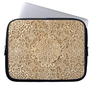 Specificera av trädörr i Alhambra Laptop Sleeve