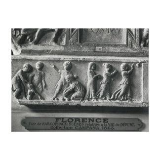 Specificera sarkofaget som visar att leka för barn canvastryck