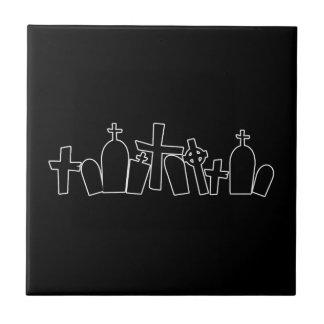 Spöklik figur för svart gravar liten kakelplatta