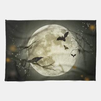 Spöklika kråkor för Halloween måne Kökshandduk