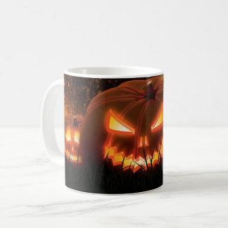 Spöklika kusliga jack o lantern för happy kaffemugg